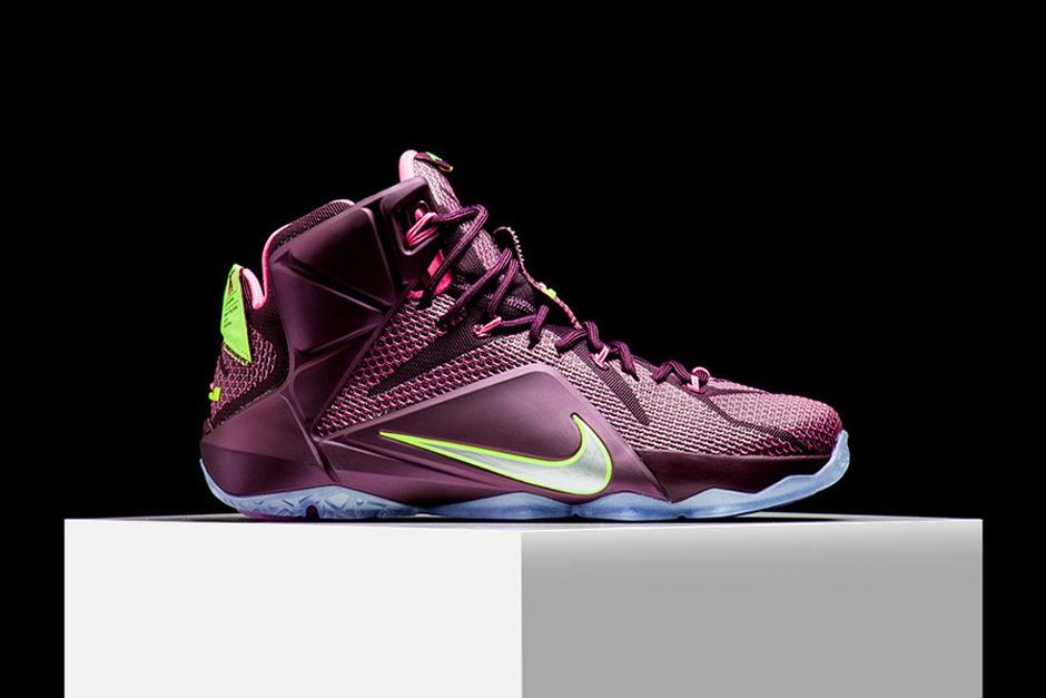0f63b43b745 Nike LeBron 12