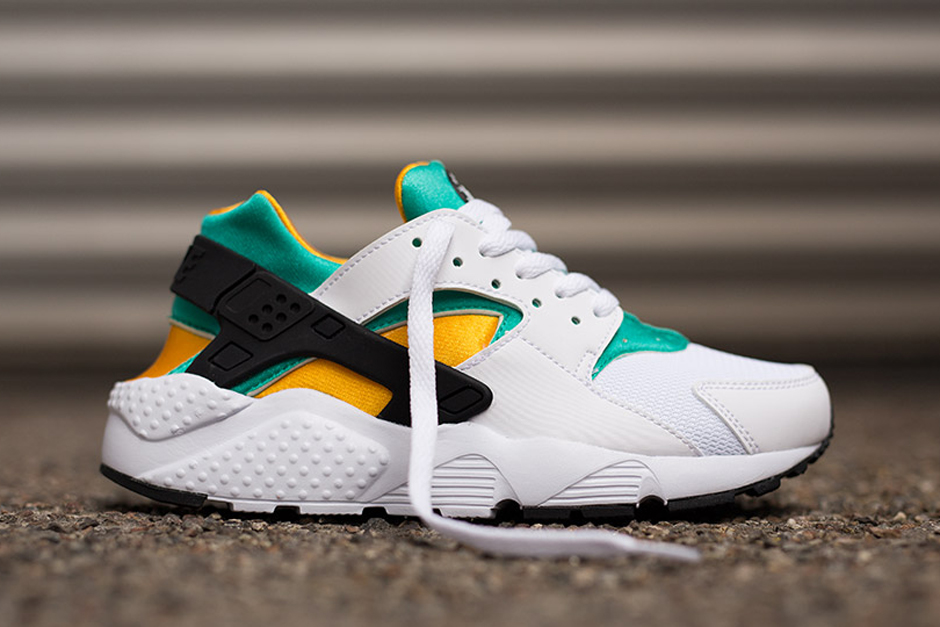nike huarache colorways