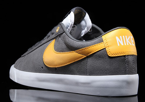 Nike SB Blazer Low GT – Dark Grey – White – University Gold