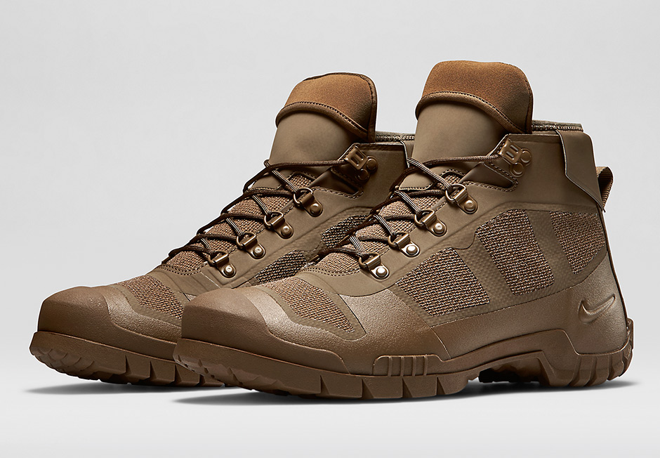 Nike SFB Mountain Men's Boots Size 7.5  (654875-900) MILITARY BROWN