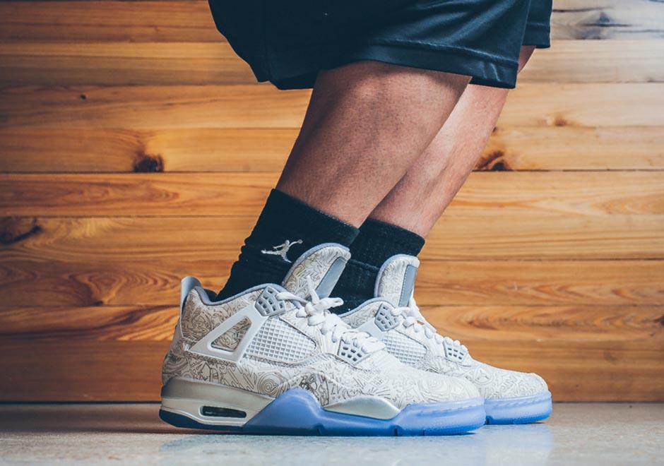 An On-Foot Look at the Air Jordan 4