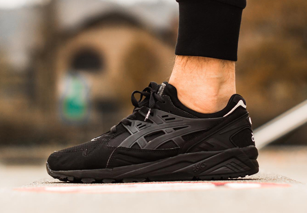 "The Asics Gel Kayano goes from ""Whiteout"" to ""Blackout"" with this upcoming  colorway. The Yang to the all-white colorway s Yin (or is it the other way  ... 86d389afb"