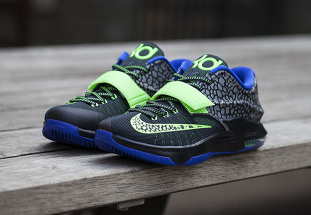 premium selection 3322a 4a2bd Nike KD 7