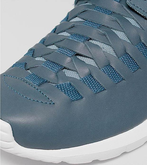 Nike-Roshe-Run-NM-Woven-detailed-look-4