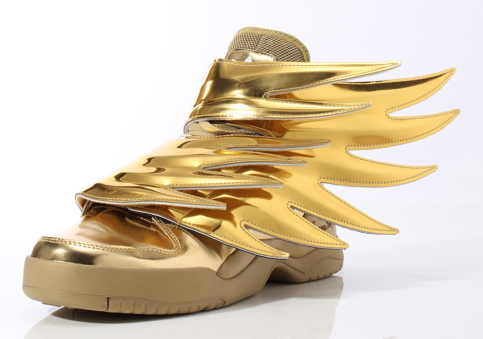 This Summer sneakers are the way! adidas jeremey scott wings 3 gold 1