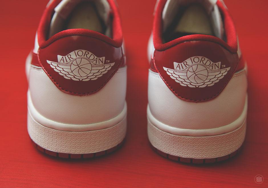 """590e0610046ef7 Air Jordan 1 Retro Low OG """"Varsity Red"""" – Release Reminder"""