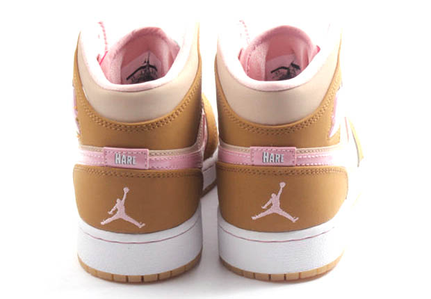 10138243543ff8 ... Nike Air Jordan Wheat Pink 1 Mid Wb Gg Size 8y Lola Bunny Hare 724072- .