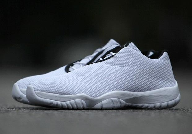 air-jordan-future-low-april-white-black-02