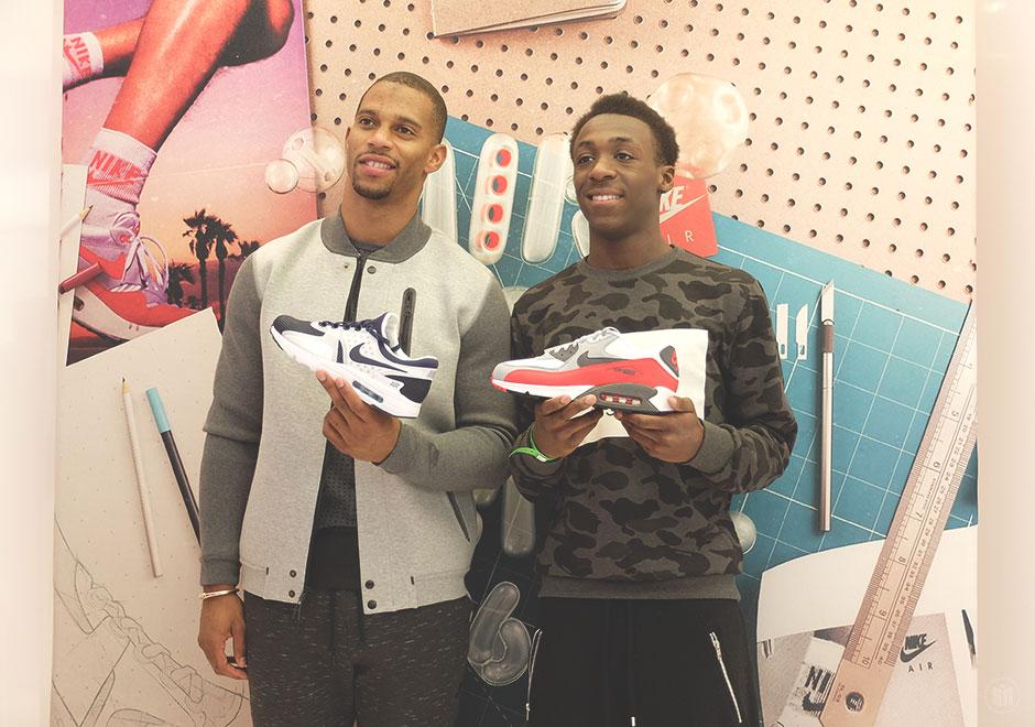 Nike Air Max Zero On Feet