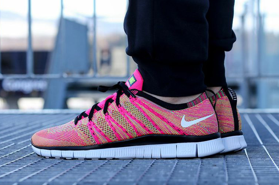 A Detailed Look at the Nike Free Flyknit NSW