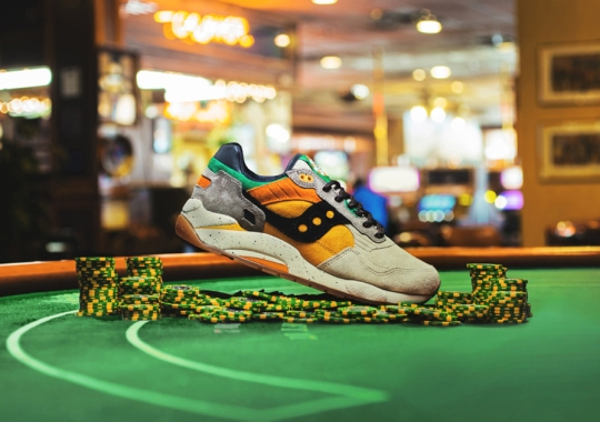 "Feature x Saucony G9 Shadow 5 ""The Pumpkin"""