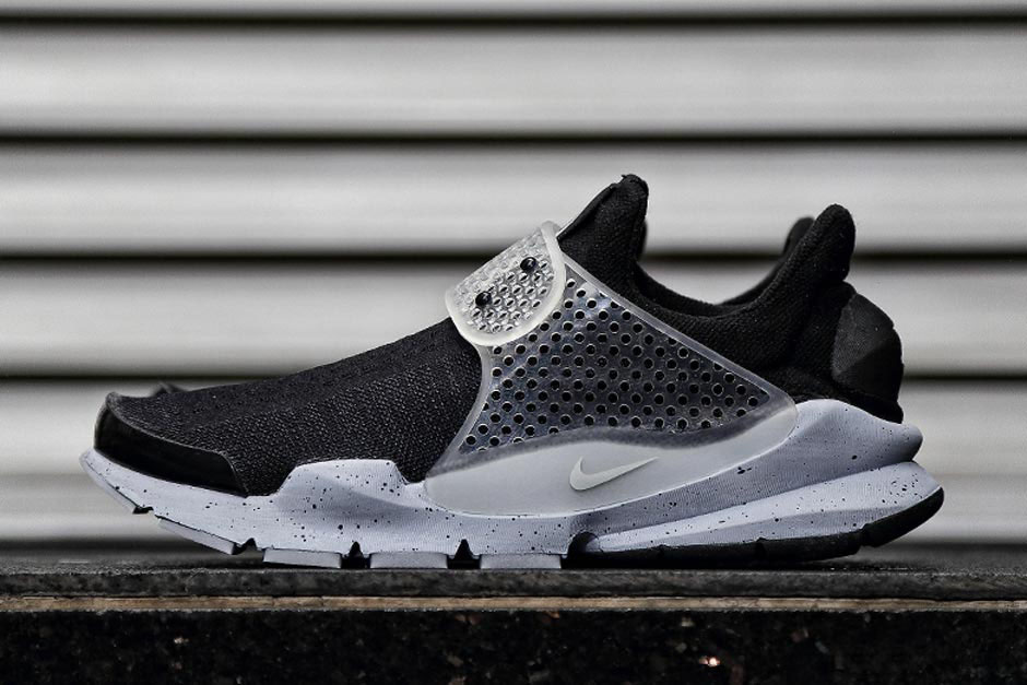 huge discount 9e58c 4d915 The Next fragment design x Nike Sock Dart is Releasing in April