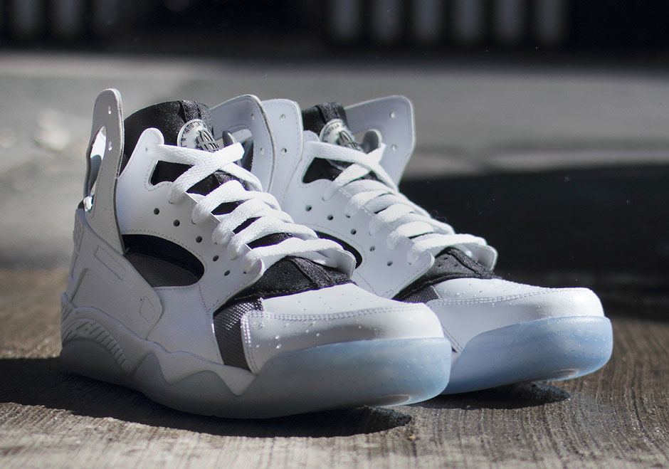 promo code 2bf0c b0581 Nike Air Flight Huarache