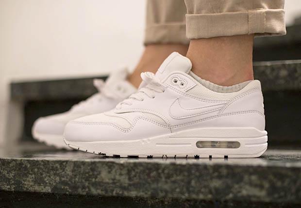 2015 Air Max All White