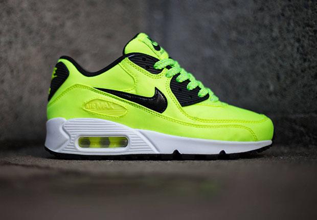 Nike Air Max 90 Neon Green
