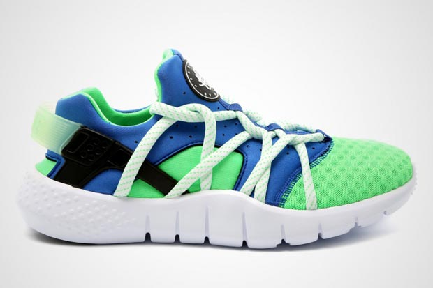 2e76cd4a4c9298 The Nike Air Huarache was brought back in a major was last year. You know  the story – OG colorways like the Scream Green ruled the sneaker landscape  while ...