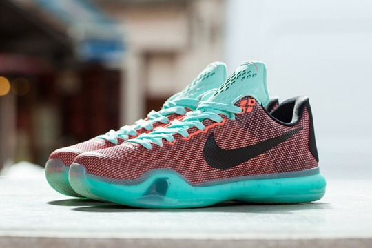 """Nike Kobe 10 """"Easter"""" Releases on April 2nd"""