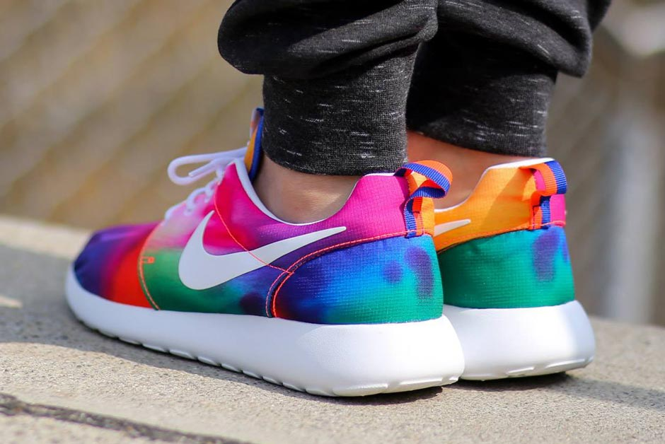1c9df296b8c94 Nike Roshe Runs in Crazy Tie-Dye Colors - SneakerNews.com