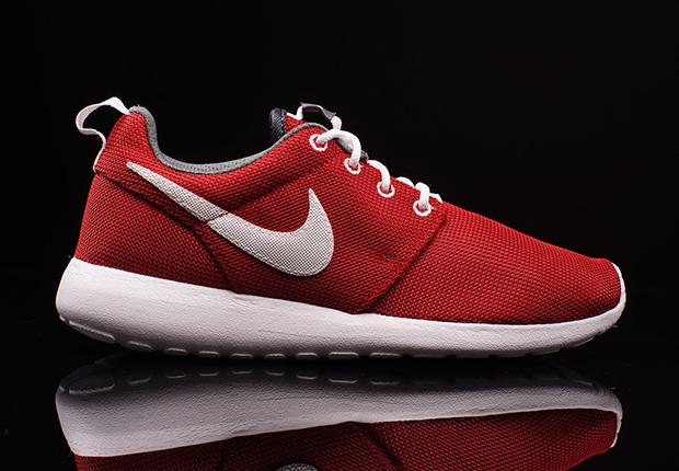 kupować nowe Wielka wyprzedaż Najlepiej Nike Roshe Run GS - SneakerNews.com