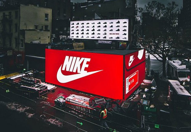 Nike S Giant Snkrs Air Max Box Coming To Los Angeles