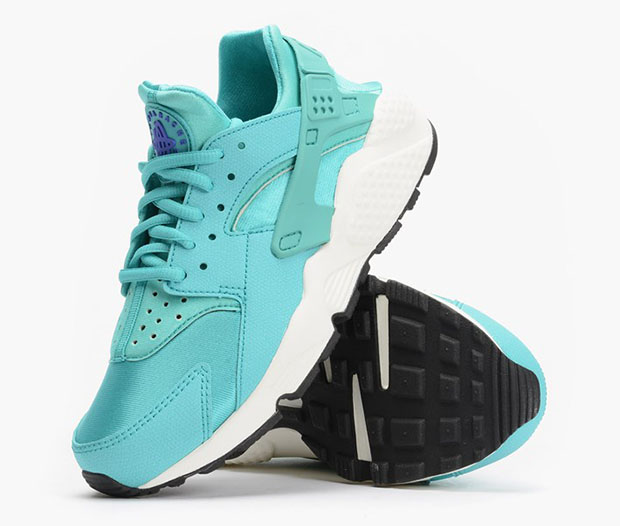 best website 80806 8a110 Nike Women s Air Huarache