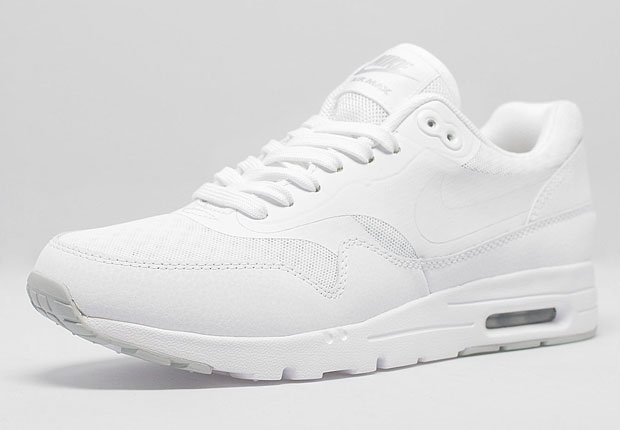 all white nike air max womens