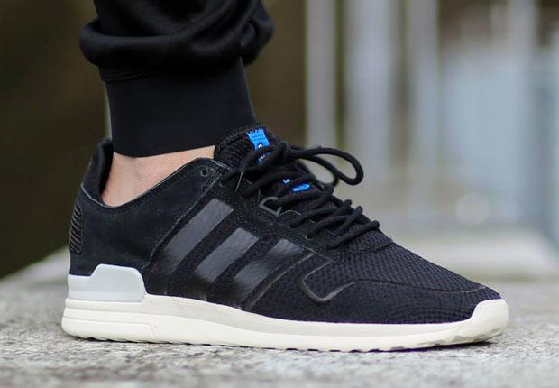 Adidas Zx 700 Em Shoes