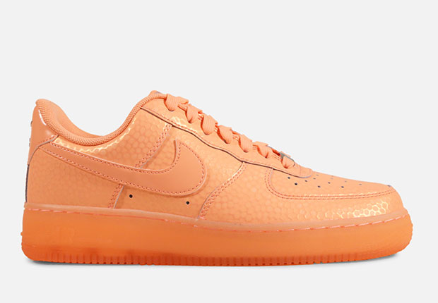 sale retailer 7090d f48b2 Meanwhile the high-top is covered in either Hot Lava and Light NIKE ID AIR  FORCE 1 ...