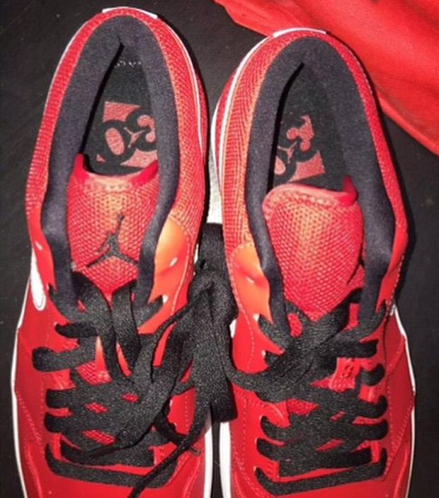 air-jordan-1-low-university-red-jumpman-branding-returns-03
