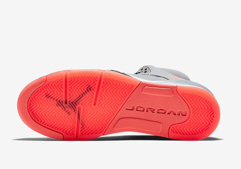 Air Jordan Retro 5 Mai 2015 ImKyA