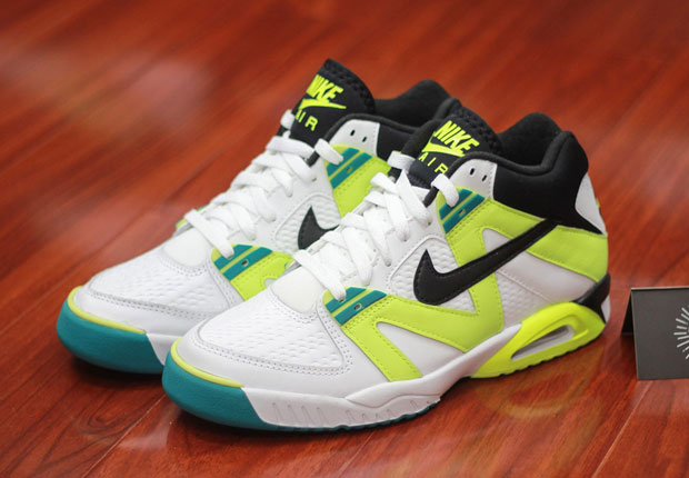 the latest 8f80f e7fcf A Preview Of Upcoming Nike Air Tech Challenge III Retros
