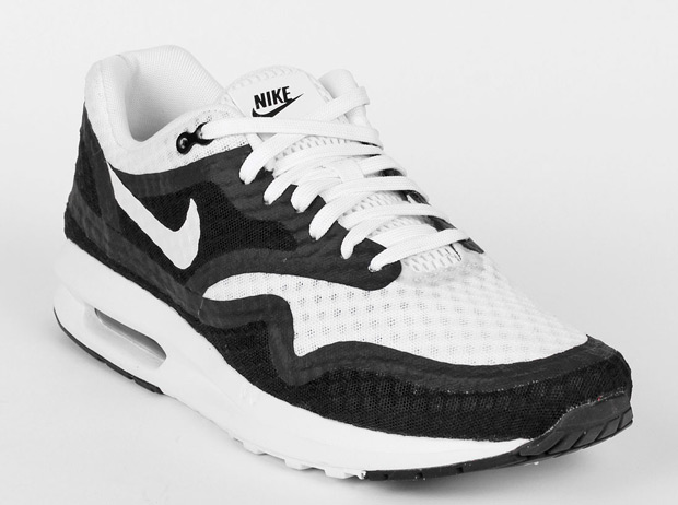 best service 7fbe3 7e581 Black and White Options For Two New Nike Air Max Lunar Releases -  SneakerNews.com