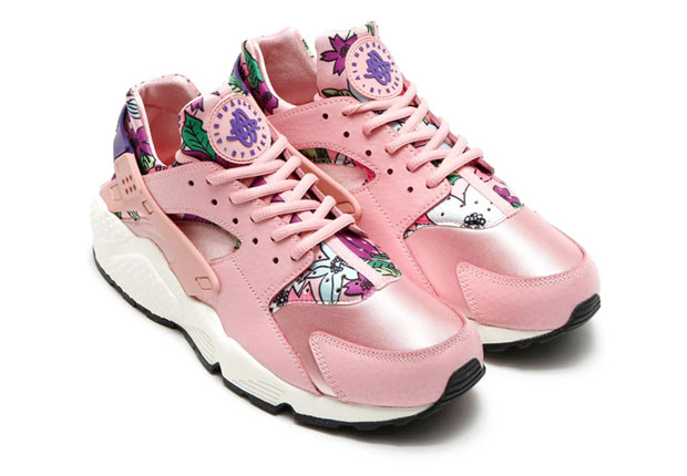 floral-huaraches-arriving-spring-01