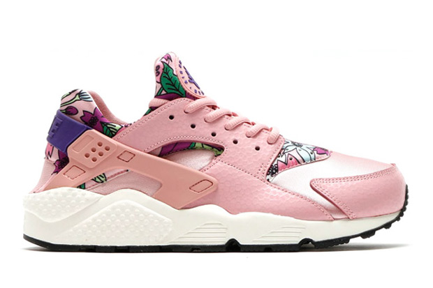 floral-huaraches-arriving-spring-02