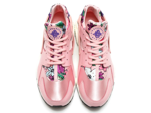 floral-huaraches-arriving-spring-03
