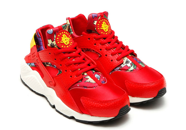 floral-huaraches-arriving-spring-07