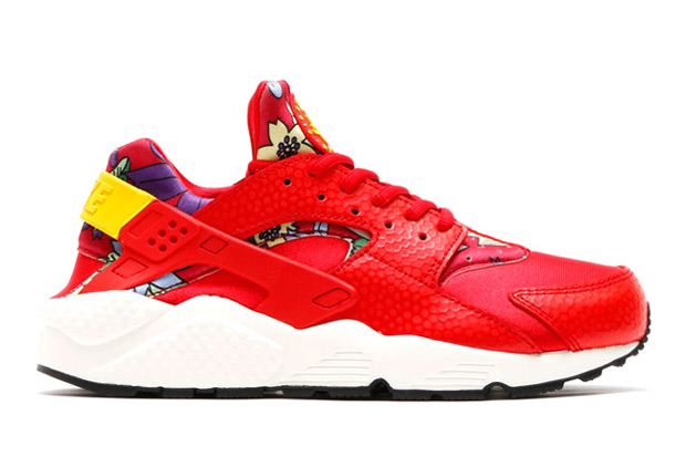 floral-huaraches-arriving-spring-08