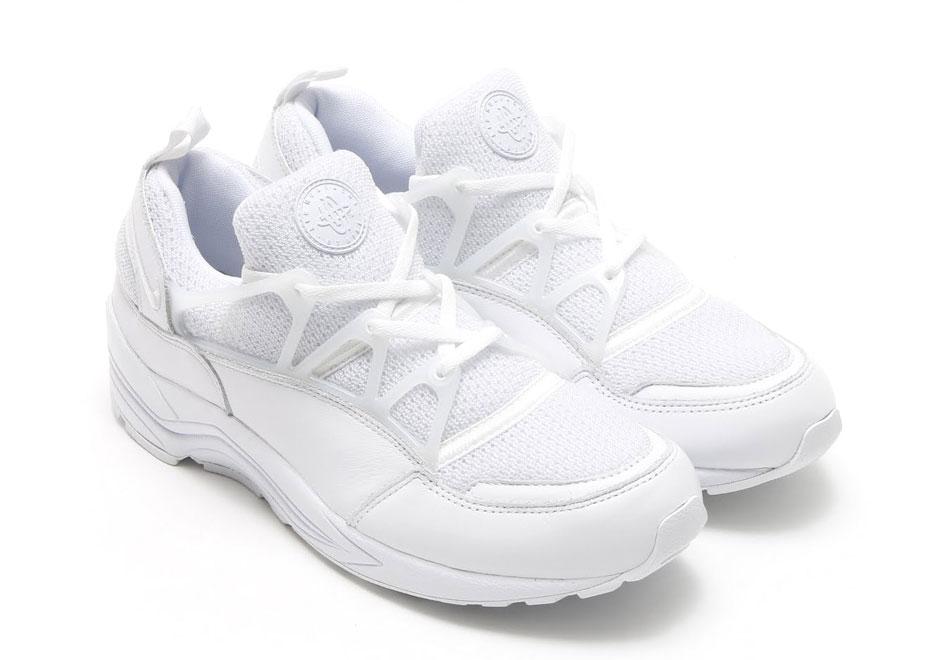 all white nikes shoes