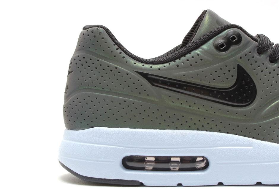 Nike Air Max 1 Ultra Moire Quot Iridescent Quot Sneakernews Com