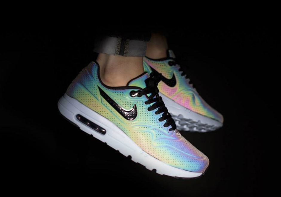 mens nike air max ltd with color changing lights