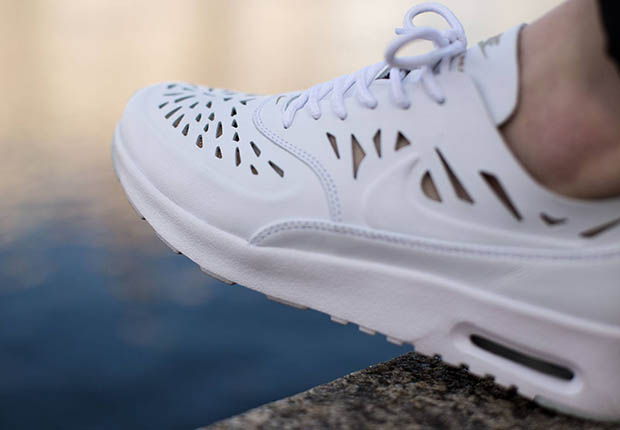 nike air max thea sneakernews twitter
