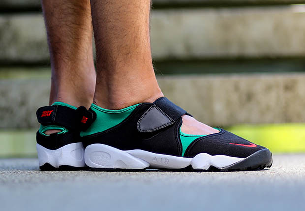 bb33f1023991dd Nike Air Rift Color  Black Forest-White-Atom Red Style Code  454441-300.  Release Date  04 27 15. Price   100