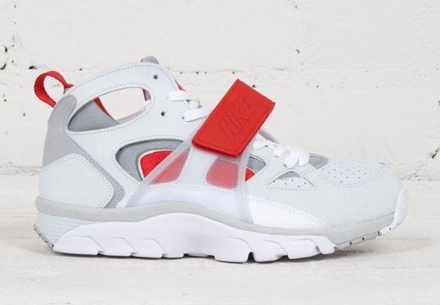 nike huarache trainers white