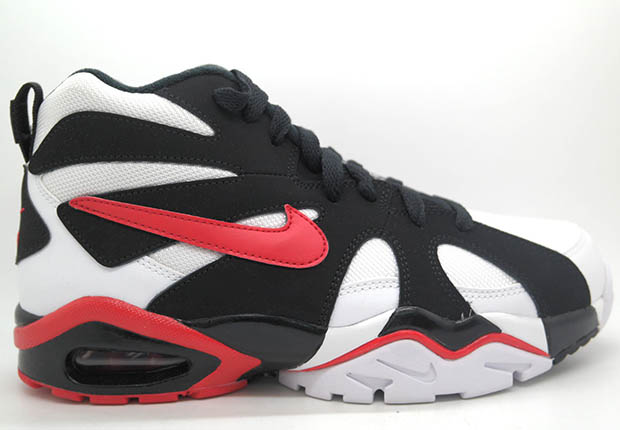 buy popular f3cec 32327 free shipping Nike Retros the Air Diamond Fury But Gets the Year it  Released Wrong