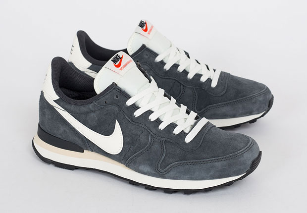 finest selection 46432 5c2b3 Popping up over and over again for men ad women both over the last couple  of years, the Internationalist seems to be a model here to stay in the Nike  ...