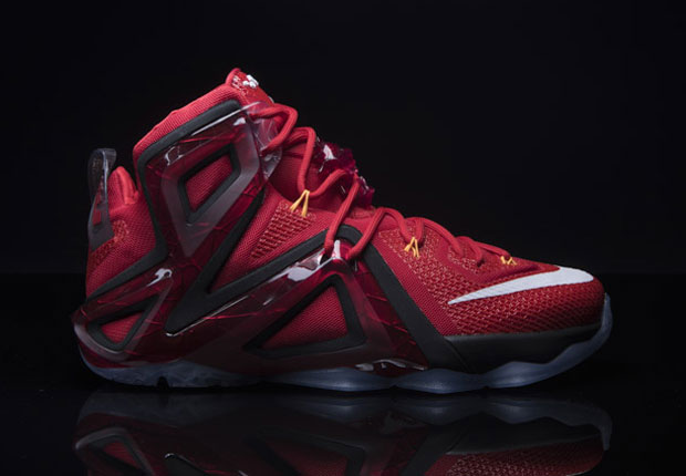 buy online 75969 320f5 Will LeBron Win His Third Championship In The Nike LeBron 12 Elite  -  SneakerNews.com