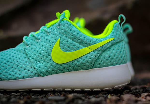 977b78832ade on sale Nike Womens Roshe One BR Artisan Teal Volt - molndalsrev.se