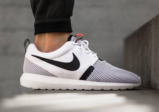 Nike Roshe Run NM Breeze – White – Black – Hot Lava