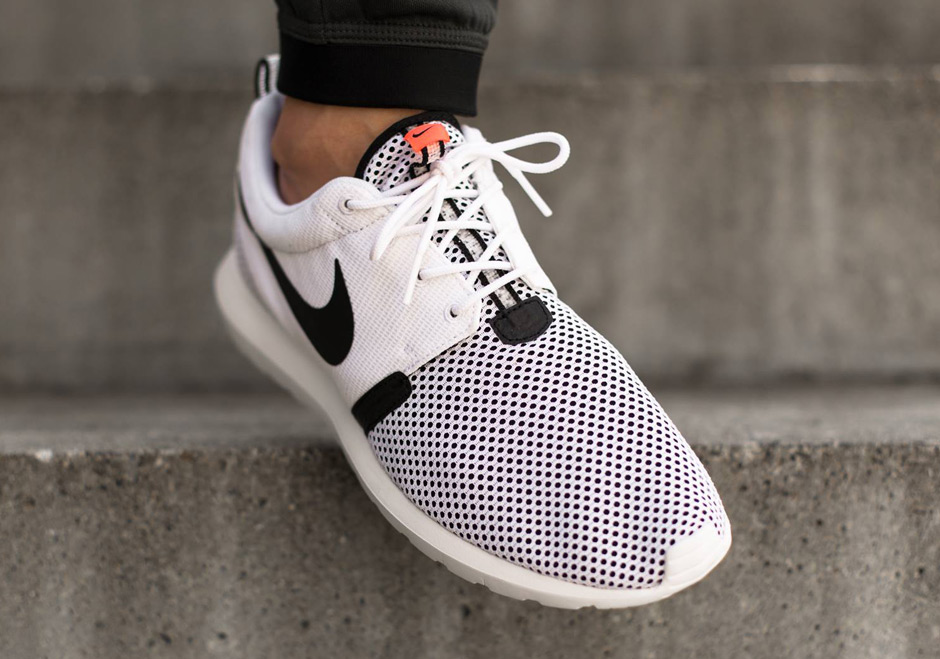 Nike Roshe Courir Nm Brise Blanche Lave Noire a7ZF1OG9mP