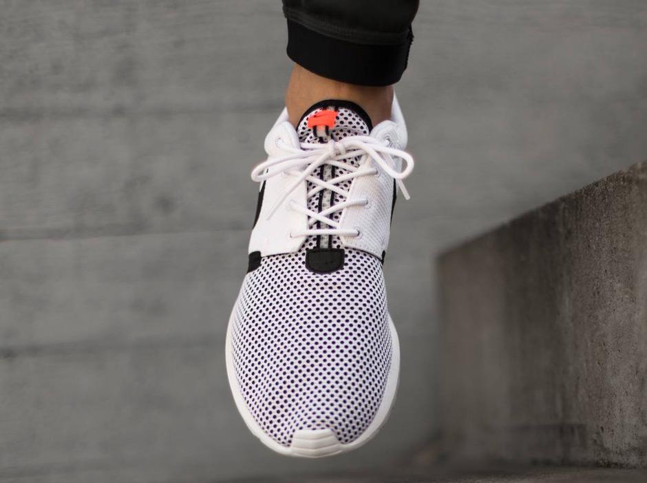 siudwh Nike Roshe Run NM Breeze - White - Black - Hot Lava - SneakerNews.com